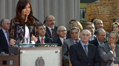 """Capitanich dijo que Cristina """"ejerce y decide"""" desde Calafate y que toma decisiones todo el tiempo"""