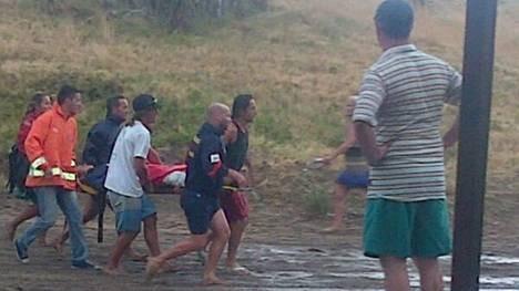Son tres jóvenes los muertos por la caída de un rayo en una playa de Villa Gesell