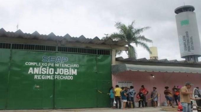 BRASIL: 60 muertos en un sangriento motín