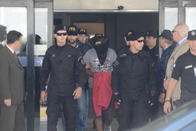 ESCÁNDALO: Liberaron al chico de 15 años acusado de matar a Brian y lo enviaron a Perú