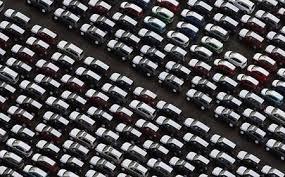 La venta de autos cayo el 35%