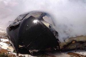 ESPAÑA. SEVILLA: Se estrelló un avión militar. Al menos cuatro muertos