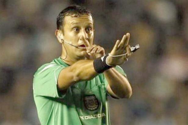 DARIO HERRERA: Será el árbitro del superclásico definitorio de la Copa Libertadores
