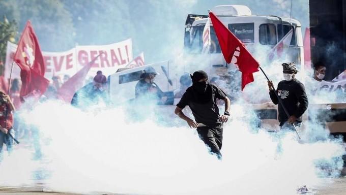 BRASIL:  Michel Temer envía a las Fuerzas Armadas para contener la violencia en Brasilia