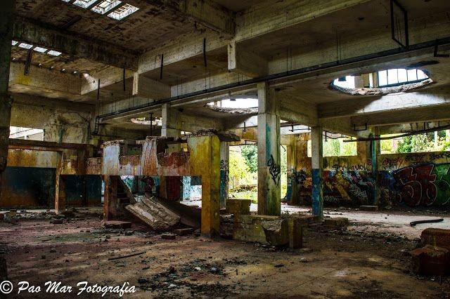 Descubierta por vecinos  El ambiente tenebroso de una fábrica destruida que Disney conquistó para sus zombies