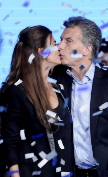PASO: Ganó Scioli. Un triunfo que no le  asegura nada