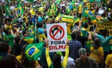 BRASIL: Miles de personas protestaron contra Dilma