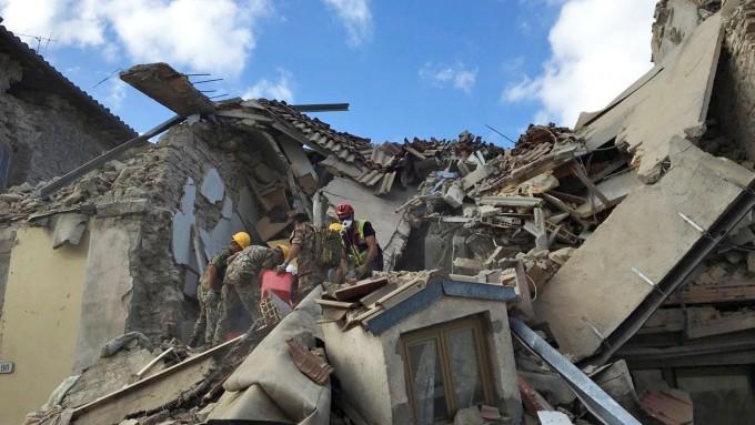 ITALIA: Conmocionado por el terremoto de Amatrice