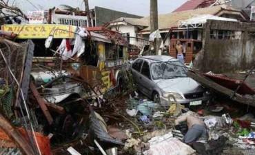 Un tifón devastó Filipinas y dejó más de 10 mil muertos y unos 2.000 desaparecidos