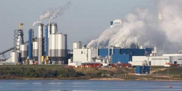 Un informe oficial determinó que contamina más Gualeguaychú que la planta de Botnia