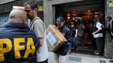Allanan dos oficinas de Lázaro Báez por presunta evasión impositiva