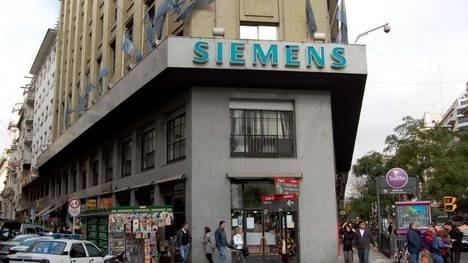 Caso Siemens: procesan a 17 empresarios por el pago de coimas a funcionarios