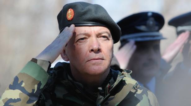 MILANI: Desde la oposición suman los pedidos para que deje el Ejército