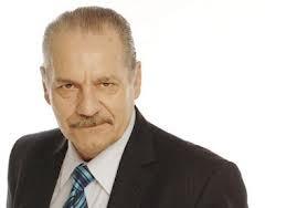 Hugo Arana en Comunas AM