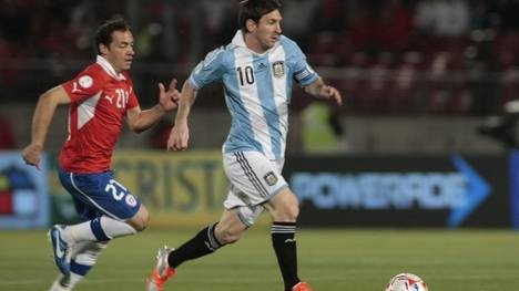 Argentina venció a Chile 2 a 1 en el Estadio Nacional