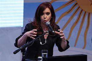 Cristina respaldo a Milani. El militar esta incluido en lista de represores