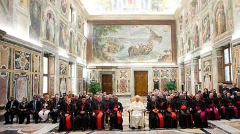 Francisco avanza en la reforma de la curia romana