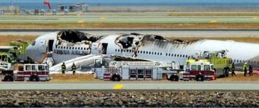 Se estrelló un avión en San Francisco: hay dos muertos