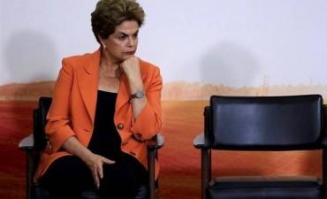 BRASIL: Primera reacción de Dilma en Facebook: